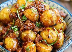 肉沫酱香小土豆