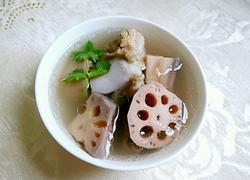 莲藕筒骨汤