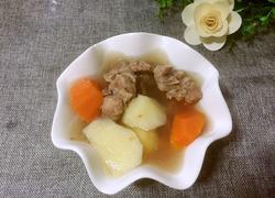 猪骨土豆胡萝卜汤