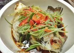 豆豉泡椒蒸鲈鱼
