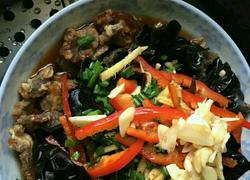 木耳酥肉蒸碗