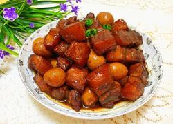 鹌鹑蛋红烧肉(红红火火)