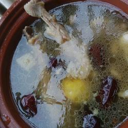 板粟红枣老母鸡汤