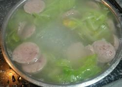 大白菜火腿肠粉丝汤