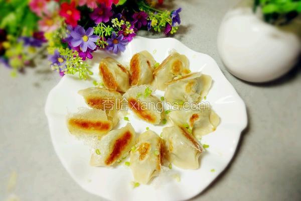 冰花菠菜鸡蛋煎饺
