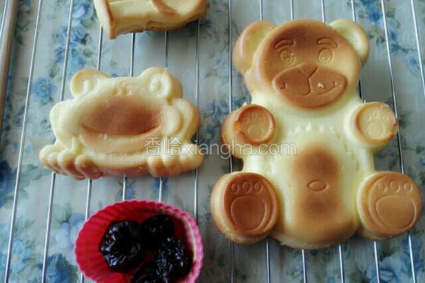 戚风小熊蛋糕