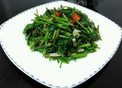 野芹菜炒咸肉丝