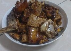 红烧腊鱼块(晚上拍的不好看)