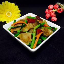 韭苔腊肉的做法[图]