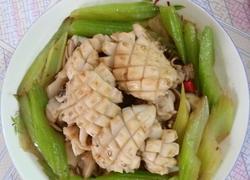芹菜炒乌贼鱼