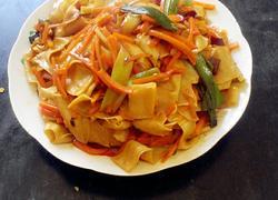 胡萝卜豆腐皮