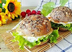 黑麦黑米汉堡包