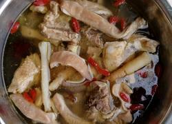 肚条炖鸡汤
