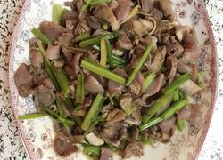 芹菜炒鸡胗