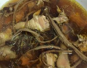 茶树菇炖鸡[图]