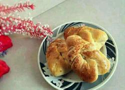 椰蓉奶香叶子面包