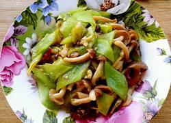 蚝油莴笋炒鸡腿菇