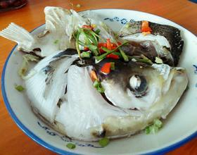酱香鲢鱼头[图]