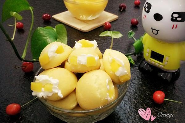 黄桃奶油泡芙