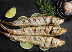 柠檬盐烤刀鱼
