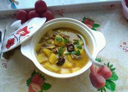 沙锅煲土豆块咖喱鸡汤