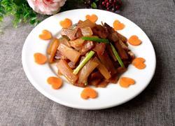 白萝卜炒酱肉