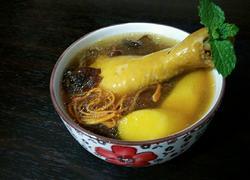 鲜虫草花煲鸡汤