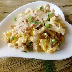 榆黄菇炒鸡蛋