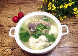 豆腐炖鲫鱼汤