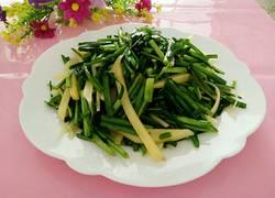 清炒韭菜段