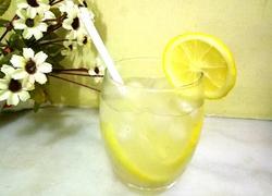 冰鲜柠檬水