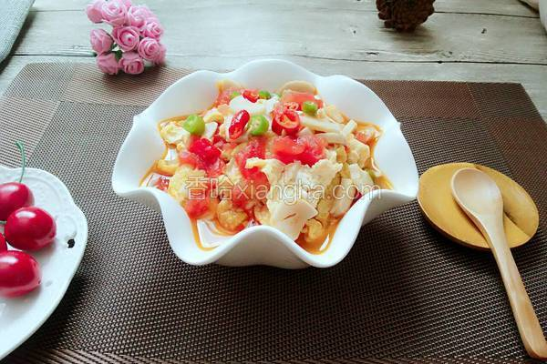杏鲍菇西红柿鸡蛋面