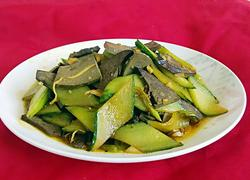 黄瓜炒猪肝