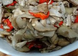 辣椒炒巴西菇