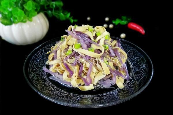 紫甘蓝拌豆腐丝