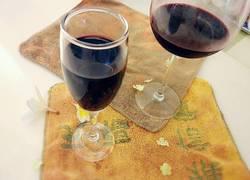 手工自酿葡萄酒