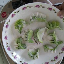 菠菜汁肉饺