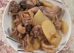 鸭肉焖土豆(微辣)