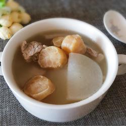 干贝萝卜肉片汤