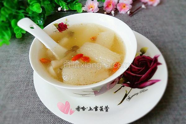 竹荪杂菌炖鸡汤