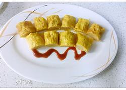 胡萝卜肉馅的鸡蛋卷
