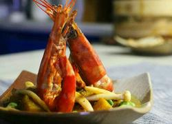 菠萝咖喱大虾