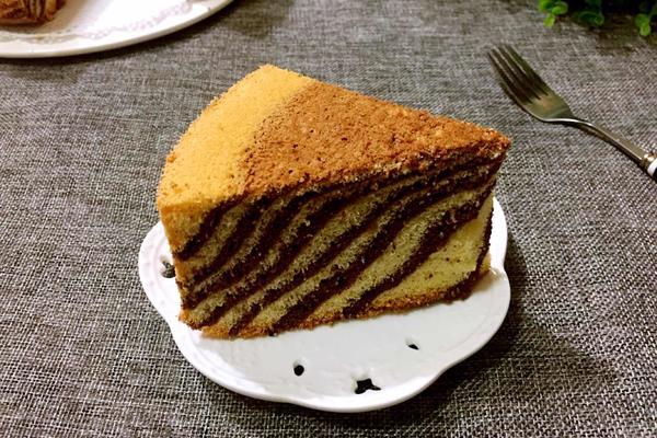 斑马纹戚风蛋糕(八寸)