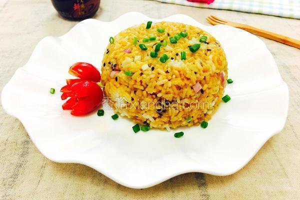 黑芝麻酱油炒饭