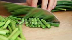 蒜苔炒肉的做法图解11