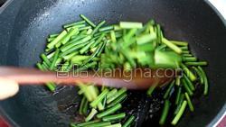 蒜苔炒肉的做法图解23