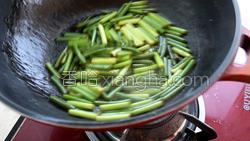 蒜苔炒肉的做法图解26