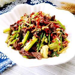 芹菜炒牛肉的做法[图]