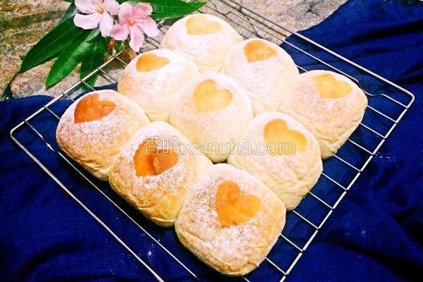 爱心软面包