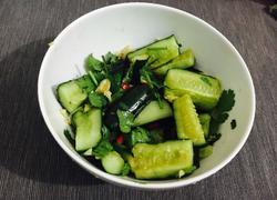 懒人菜-凉拌拍黄瓜
